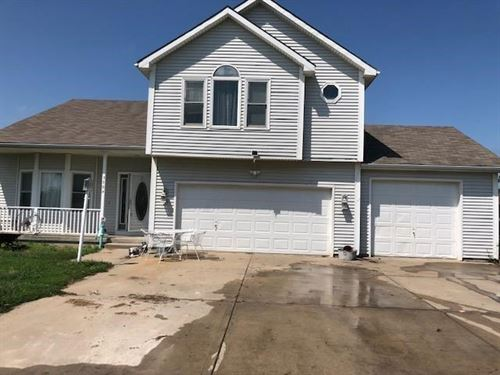 Country Living, Move Ready 4 Bed 3 : Plattsburg : Clinton County : Missouri