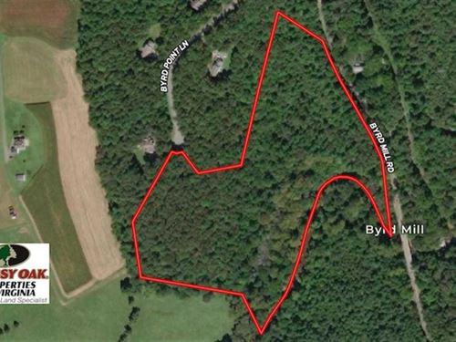 21 Acres of Riverfront Land For Sa : Louisa : Virginia