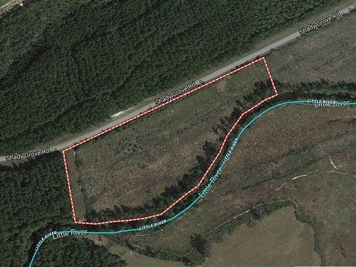 20 Acres of Riverfront in Sprin : Spring Lake : Harnett County : North Carolina