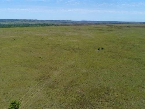 Laughing Water Ranch-Tract 5 : Bassett : Rock County : Nebraska