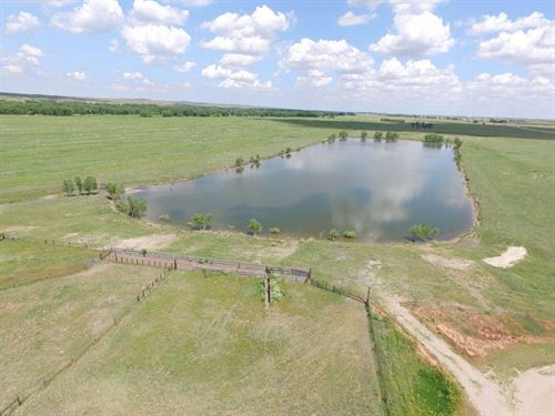 South Platte River Hunting & Re : Ogallala : Keith County : Nebraska