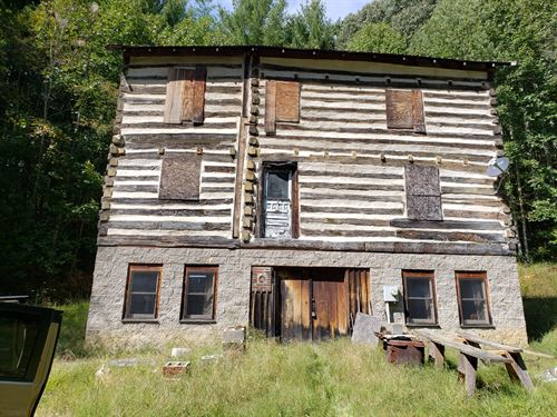 Historic Log Cabin In Blue Ridge : Mouth Of Wilson : Grayson County : Virginia