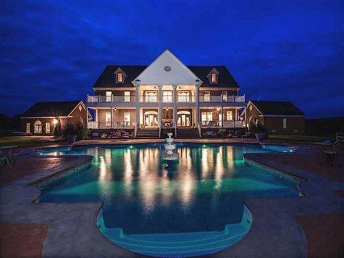Estate Home on 5 Acres For Sale : Ivor : Southampton County : Virginia
