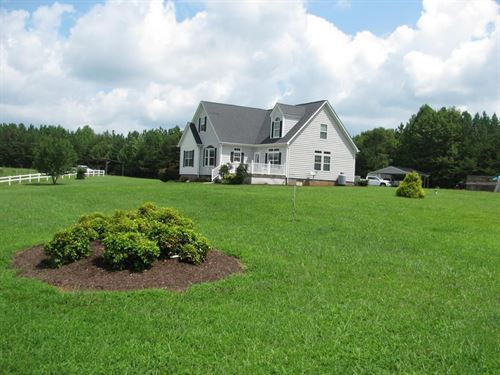 A Beautiful Place Country Chatham : Chatam : Pittsylvania County : Virginia