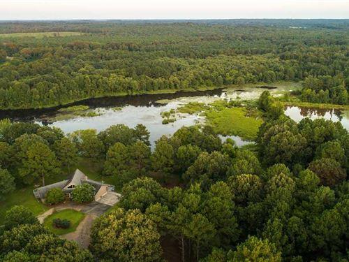 Carlile Hunting Club : Marshall : Harrison County : Texas