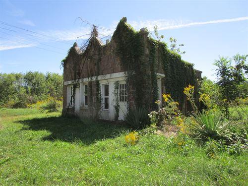 Mini-Farm With Cottage In Missouri : Birch Tree : Shannon County : Missouri