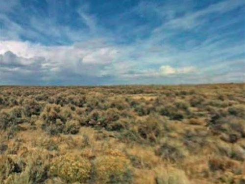 40Ac Close To Town, Oregon : Christmas Valley : Lake County : Oregon