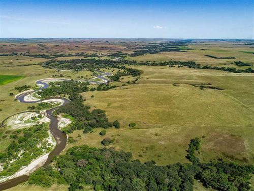 1,497.38 Acres, More OR Less Tripp : Colome : Tripp County : South Dakota