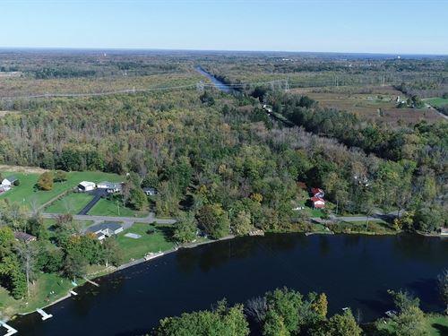 Oneida River Frontage And Acreage : Clay : Onondaga County : New York
