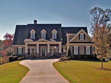 Executive Home On 10 Acres : Madison : Morgan County : Georgia