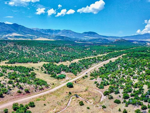 Hunting Ranch Bordering Blm Land : Walsenburg : Huerfano County : Colorado