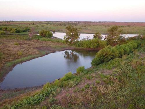 Harmel Ranch-693 Acres of Prime gr : Megargel : Archer County : Texas