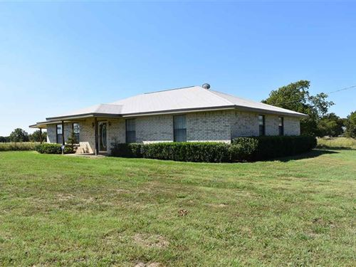 Land With Home / Shop : Honey Grove : Lamar County : Texas
