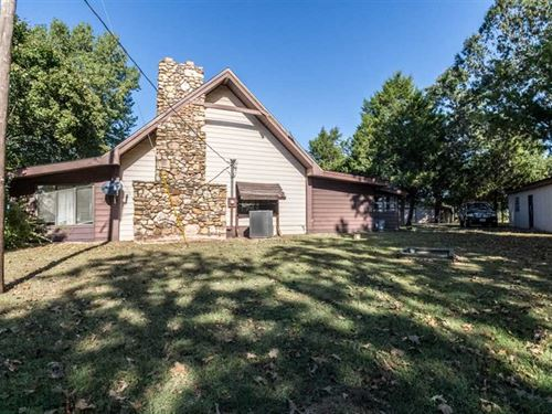 Residential Home on 40 Acres : Fairdealing : Ripley County : Missouri