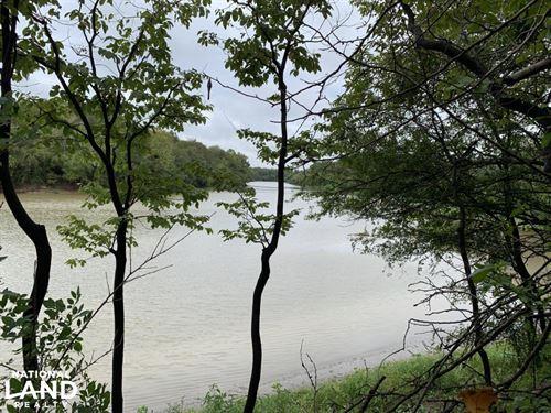 Tremendous Hunting on Boeuf River : Winnsboro : Franklin Parish : Louisiana