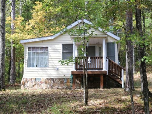 Country Cottage And 10 Acres : Mountain View : Stone County : Arkansas