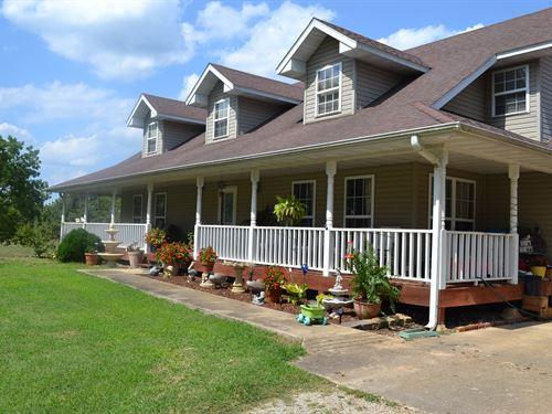 Country Home, Hobby Farm, Missouri : West Plains : Howell County : Missouri
