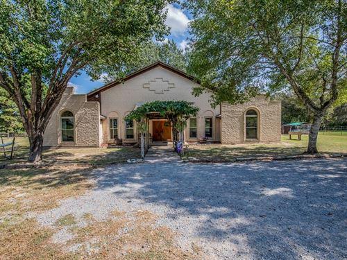 Ranch-Style Home Acreage, Buffalo : Buffalo : Leon County : Texas