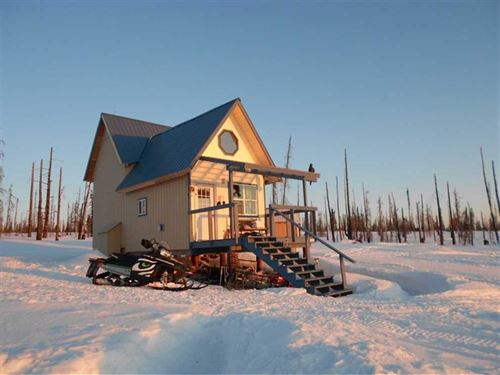 Perfect Off Grid Cabin OR Home Wit : Ninilchik : Kenai Peninsula Borough : Alaska