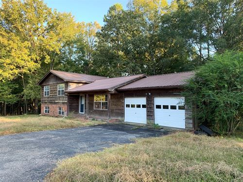 Home in Counce Needs Some Tlc : Lawrenceburg : Hardin County : Tennessee