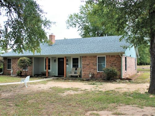 Country Home Equine Property Paris : Paris : Lamar County : Texas