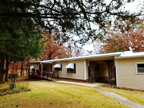 15.7 AC 2 Homes And Several : Clinton : Henry County : Missouri