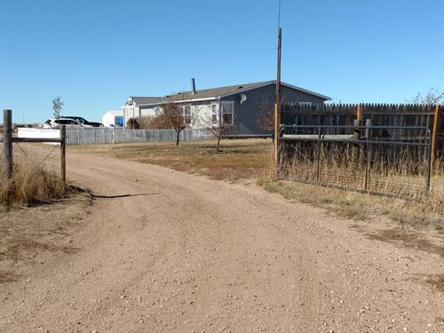 Private With No Covenants : Hillsdale : Laramie County : Wyoming