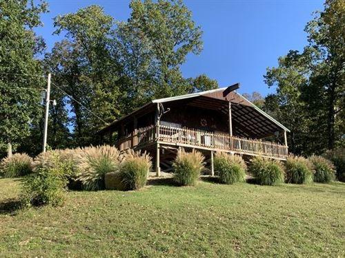 Cabin, Hunting, Creek Frontage : El Dorado Springs : Cedar County : Missouri