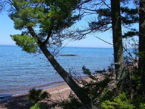 Seven Mile Point, Lot 15 : Allouez : Keweenaw County : Michigan