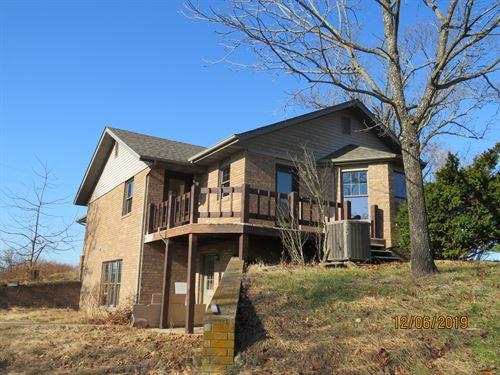 Large Home Small Acreage Ava MO : Ava : Douglas County : Missouri
