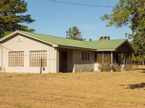 Private Home Large Tract Acreage : Wellborn : Suwannee County : Florida