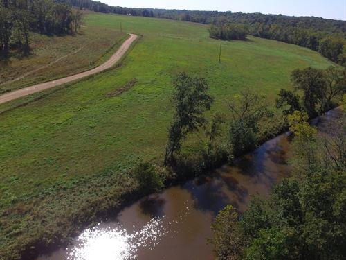 1126 Acres Hunting Property Benton : Edwards : Benton County : Missouri