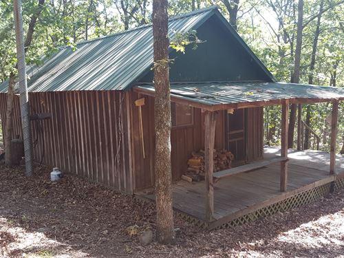 Recreational Mountain Cabin : Moyers : Pushmataha County : Oklahoma