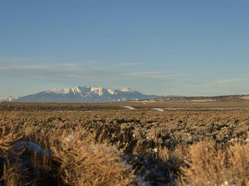 Make Your Adventures in Colorado : San Luis : Costilla County : Colorado