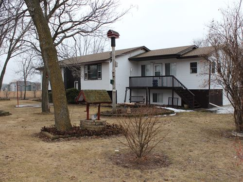 Zimmerman Country Home For Sale : Zimmerman : Sherburne County : Minnesota