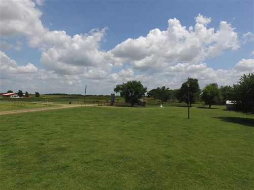 29 Acre Turnkey Ranch : Blossom : Lamar County : Texas