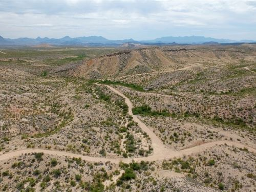 40 Acres Bordered By State Park : Terlingua : Brewster County : Texas