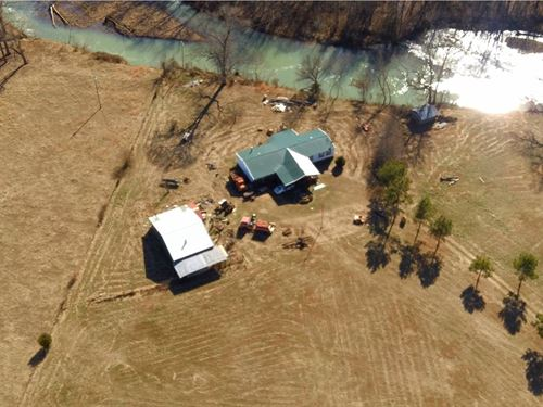 On The Banks Of The Mulberry River : Oark : Johnson County : Arkansas