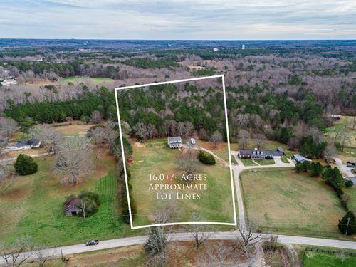 Farmhouse on 16 Acres : Monroe : Walton County : Georgia