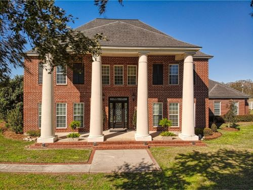 Country Estate On 18 Acres East Bat : Greenwell Springs : East Baton Rouge Parish : Louisiana