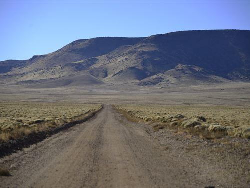 Easy Access to Rio Grander River : Sanford : Costilla County : Colorado