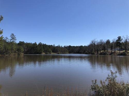 Prime Hunting Tract With Lake : Hardaway : Macon County : Alabama