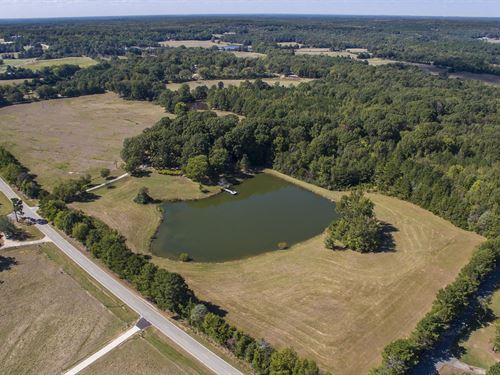 Two Homes With Stocked Pond : Lancaster : South Carolina