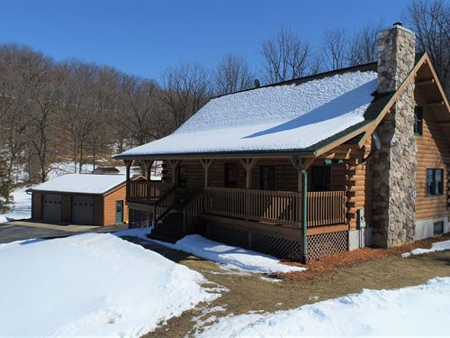 Log Cabin 44 Acres Richland Center : Richland Center : Richland County : Wisconsin