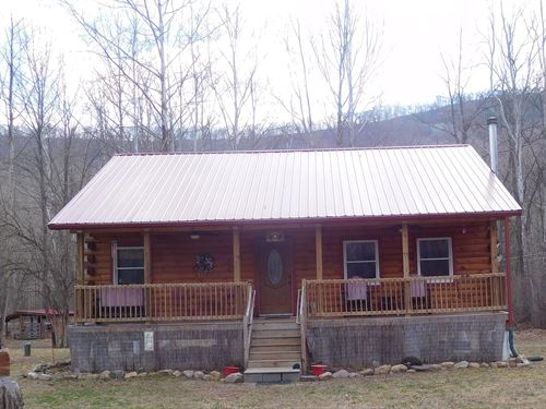 Almost New Log Home 3 Separate : Delray : Hampshire County : West Virginia