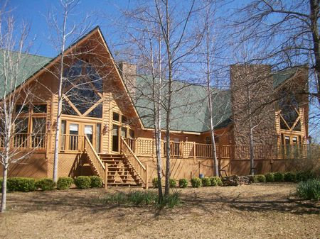 Hunting Lodge W/ Land And Lake : Elba : Coffee County : Alabama