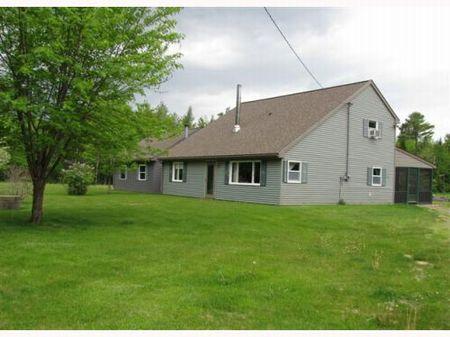 Seboeis Homestead W/acreage : Howland : Penobscot County : Maine