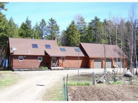 Junior Lake Log Home W/acreage : Lakeville : Penobscot County : Maine