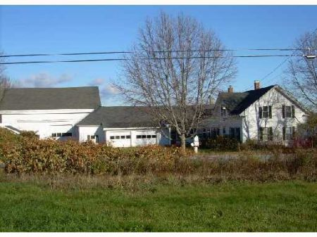 Circa 1835 Farmhouse With Acreage : Pittsfield : Somerset County : Maine
