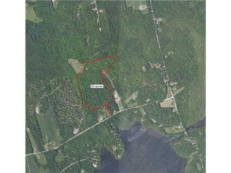 Great Lot On Culdesac : Saint Albans : Somerset County : Maine
